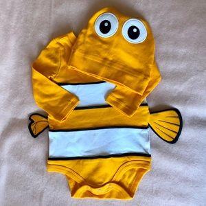 NWOT Disney Baby Nemo Onesie Set